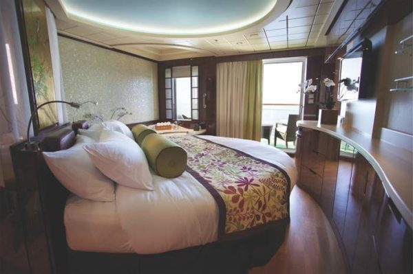Norwegian Epic Spa Suite Stateroom