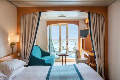 po_oriana_ea_deluxe_balcony_cabin
