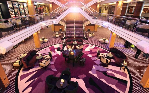 Columbus Grand Lounge